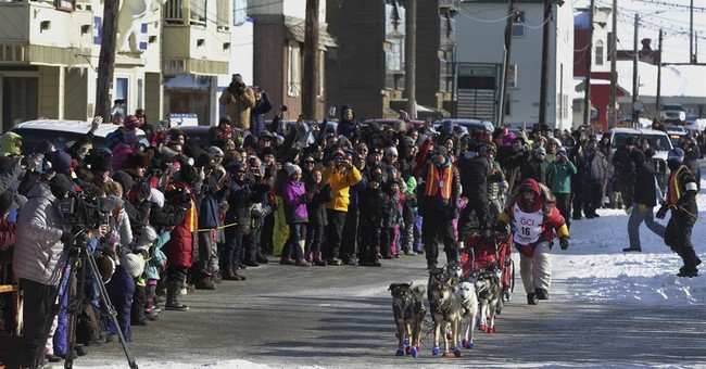 Mitch Seavey becomes oldest, fastest musher to win Iditarod