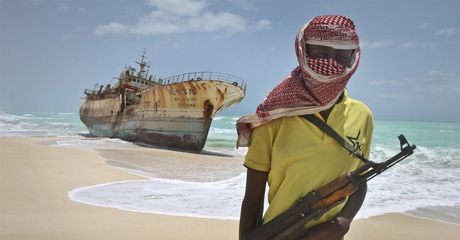Somali pirates demand ransom for oil tanker, EU force says