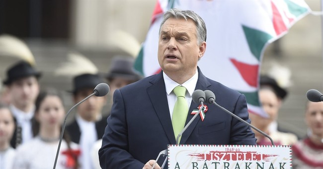 Hungary: Activists blow whistles on prime minister's speech