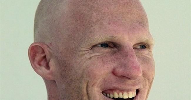 Ex-Raiders QB Marinovich pleads guilty in public nudity case