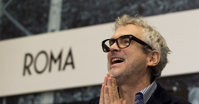 Alfonso Cuaron wraps filming on 'Roma' in his native Mexico