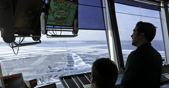 Trump calls for privatizing air traffic control operations