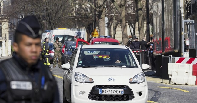 Letter bomb explodes at Paris IMF's office; Greek ties seen