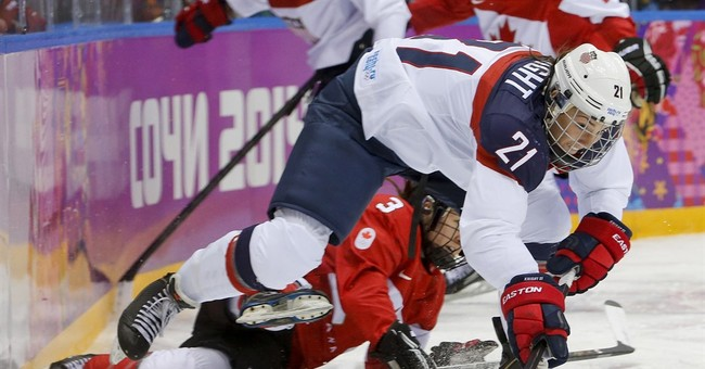 Women players dispute USA Hockey numbers on wages