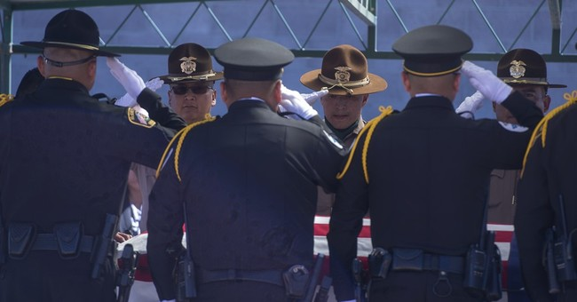 Fallen Navajo officer called fearless, hilarious at service
