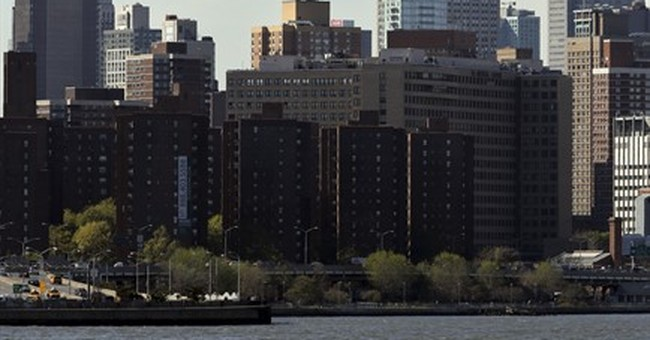 Small fire erupts in Empire State Building underground level