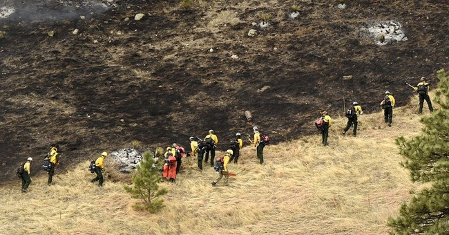 The Latest: Colorado wildfire is 50 percent contained