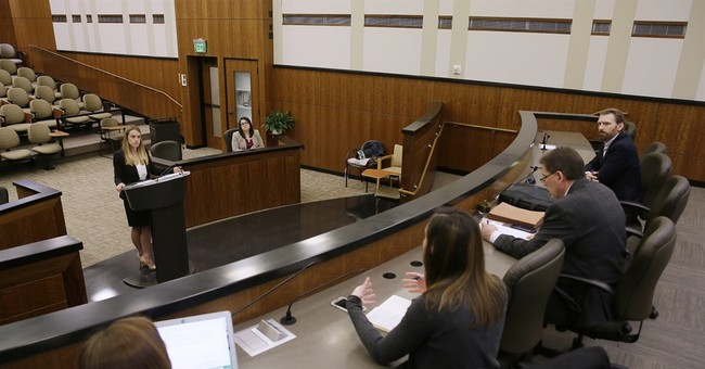Federal court gives students chance to parry with judges