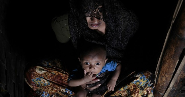 Myanmar investigators question Rohingya in Bangladesh camps