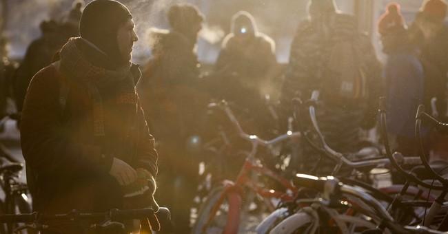 500 Muscovites brave intense cold for bike ride