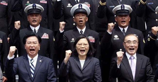 Taiwan announces plan to build own submarines