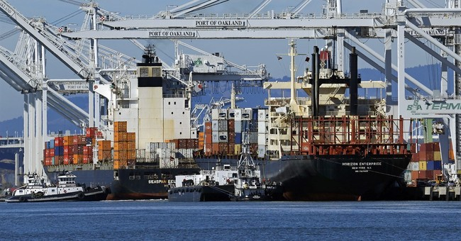 US current account deficit narrows in fourth quarter