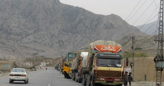 Pakistan-Afghanistan border opens after a month of closure