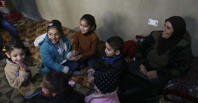 Chicago-based group brings smiles to deaf Syrian children