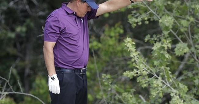 Mickelson says he won't be called as witness in trial