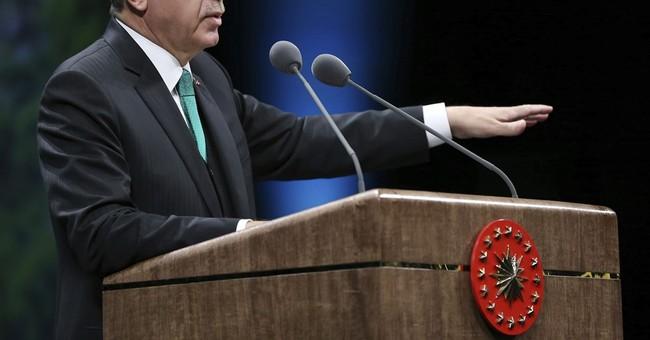 Erdogan urges US, Britain to drop 'exaggerated' laptop ban