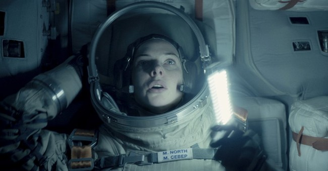 Review: 'Life' is a mediocre science-fiction thriller
