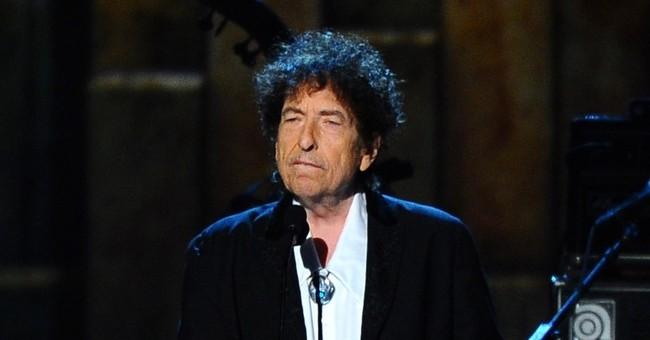 Dylan gives rare interview, talks Sinatra, Elvis