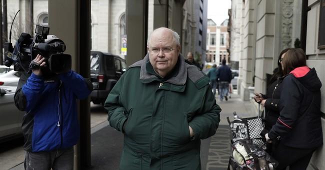 Judge clears way for retrial of ex-Philadelphia monsignor