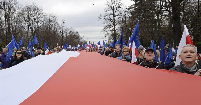 Poles celebrate EU with march on bloc's 60th anniversary