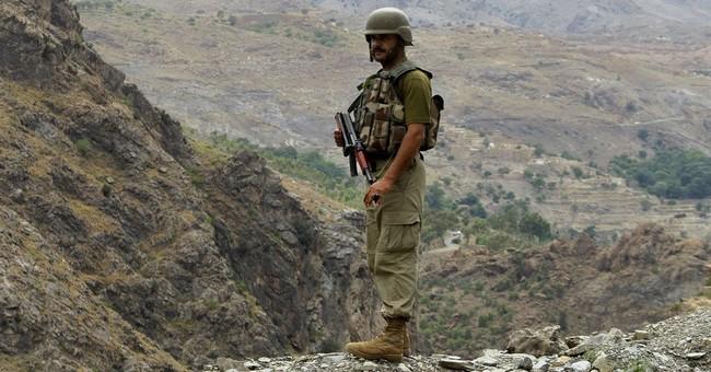 Pakistan to build fence along disputed Afghan border