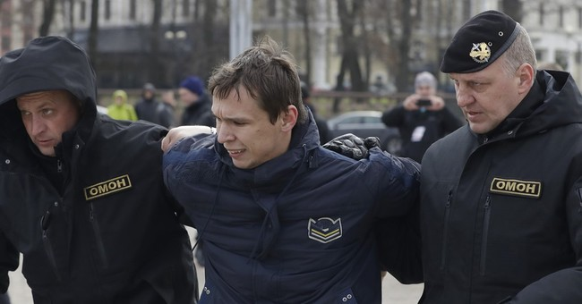 Dozens detained seeking answers about Belarus mass arrests