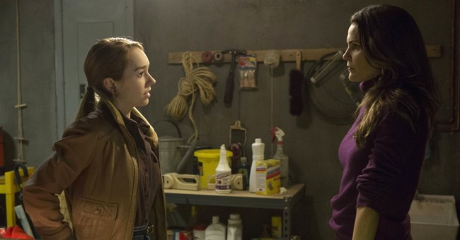 Holly Taylor shines as Russian spies' all-American daughter