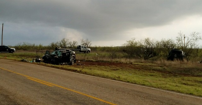 3 storm chasers killed in crash during West Texas storms