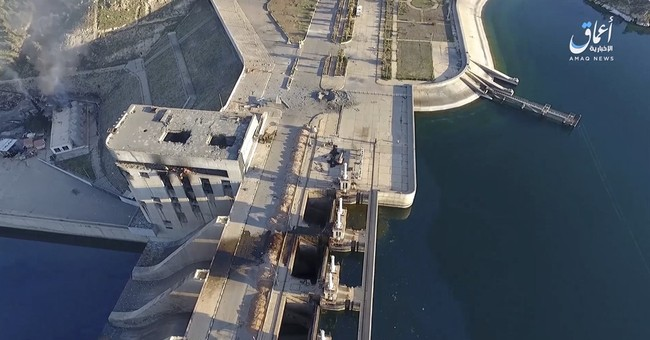 Syrian experts visit critical dam spillway near main IS base