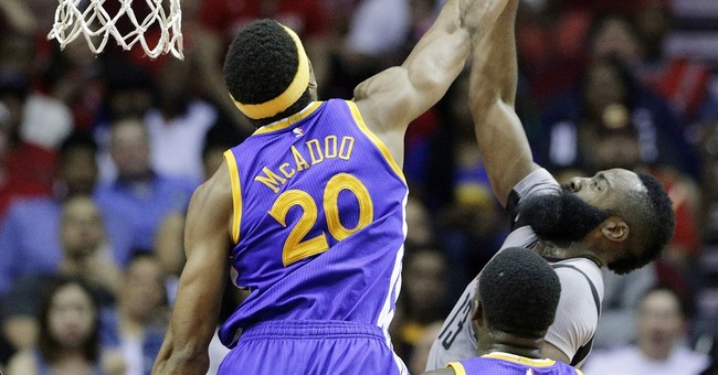 Curry's 32 lead Warriors over Rockets 113-106