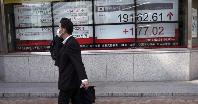 Asian stocks mixed as investors weigh US data, Brexit plans