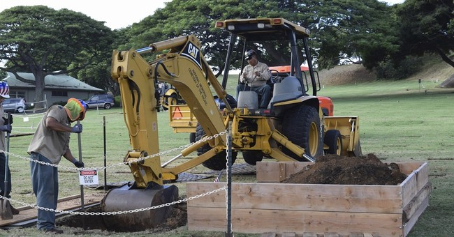 Military digging up WWII battle remains from Hawaii cemetery
