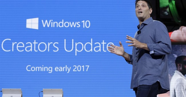 Windows update will bring 3-D, game tools and doodling