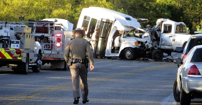 The Latest: NTSB: Bus occupants used seatbelts