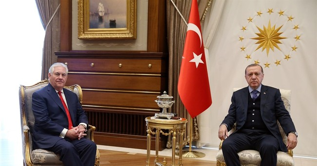 Tillerson, Turkish leaders struggle to resolve Kurds dispute