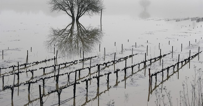 'Atmospheric rivers' weather phenomenon soaks California