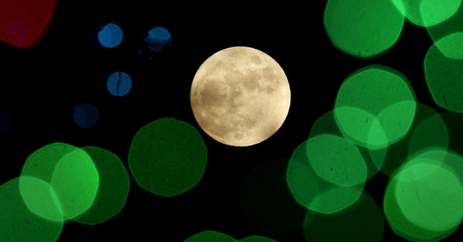 Report: Our moon may have formed from multiple small ones