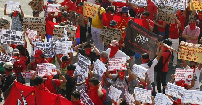 12 killed in Philippine troops' clash with communist rebels