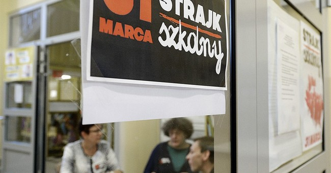 Teachers across Poland strike to protest education overhaul