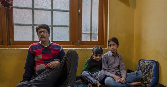 Kashmiris incensed as Indian troops make children do situps