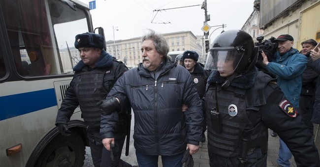 3 dozen reported arrested in Moscow protest attempts
