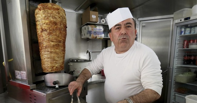 Lack of German means Turk must vacate Austrian kebab stand