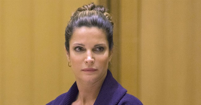 Stephanie Seymour completes alcohol program; charges dropped