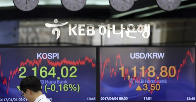 Global shares steady ahead of Trump meeting with Xi