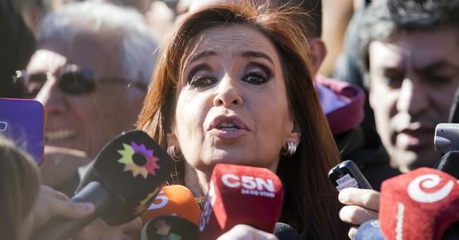 Judge proceeds in case against ex-President Fernandez