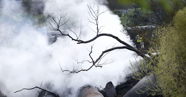 APNewsBreak: Thousands of defects found on oil train routes