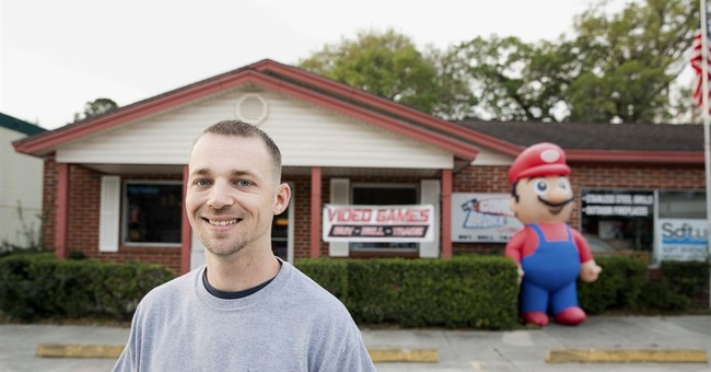 Florida city says 'game over' to inflatable Super Mario