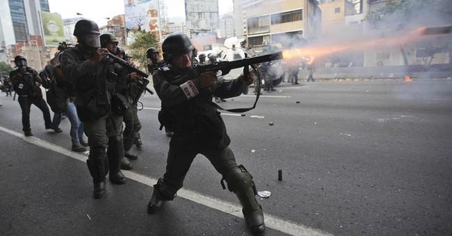 Venezuela opposition keeps up pressure in streets