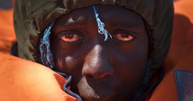 Spanish charity rescues 230 African, Asian migrants at sea