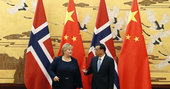 Norwegian PM visits China as part of restoration of ties